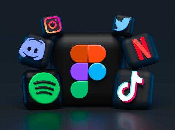 Sociale medier og digitale applikationer